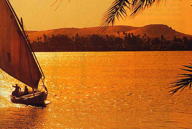 Viajes a Egipto: dello atardecer por el Río Nilo