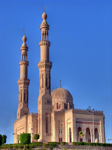 Te recomendamos visites la Mezquita en Asuán