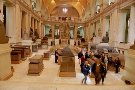 Vista interior de una de las salas del museo Egipcio de El Cairo.